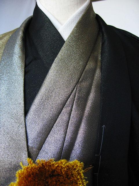 成人式宅配レンタル紋付 ブラック&メタリックハーフ生地のアップ