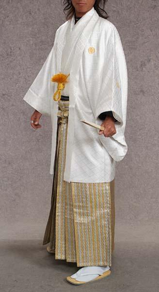 MAN-HD14メタリックゴールドダイヤ柄レンタル紋付成人式用貸衣装白無地123着姿