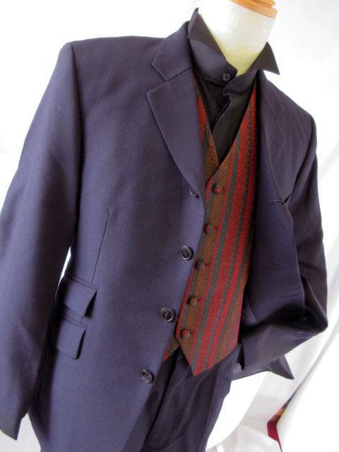 貸衣装略礼装ダークスーツレンタルの写真